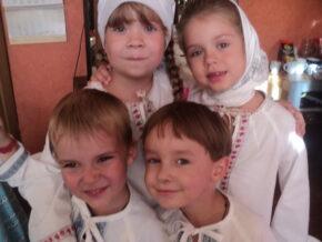 Актори перед виставою - Аліса Зінченко, Дарина Ліхолат, Ілля Тищенко, Валік Радіонов